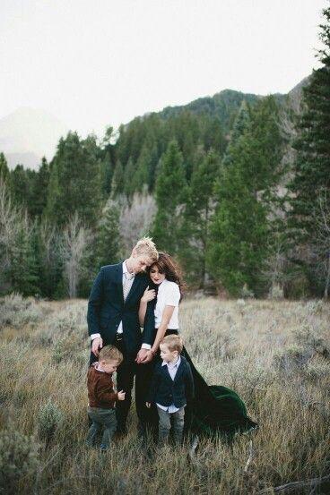 outdoor mountain winter photo ideas family pictures photos families photography