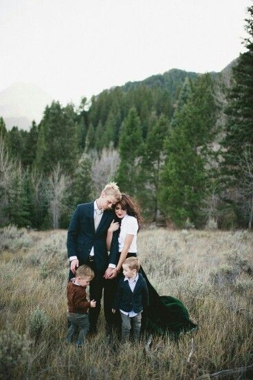 outdoor mountain winter photo ideas family pictures photos families photography