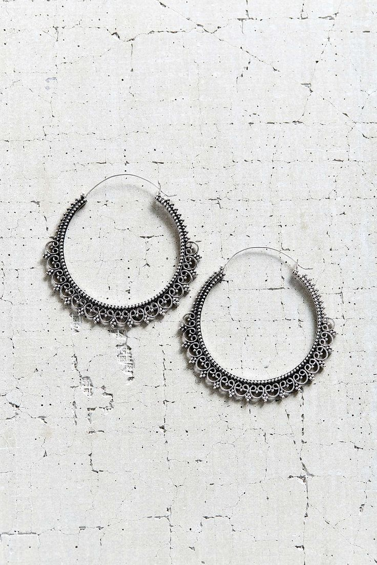 East End Large Hoop Earring - Urban Outfitters