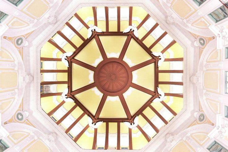 「東京駅/辰野金吾 (Tokyo Station / Kingo Tatsuno)」 ドーム天井の干支のレリーフここには8匹だけ。残り4匹は佐賀県にある同氏の温泉施設で発見されたそうです