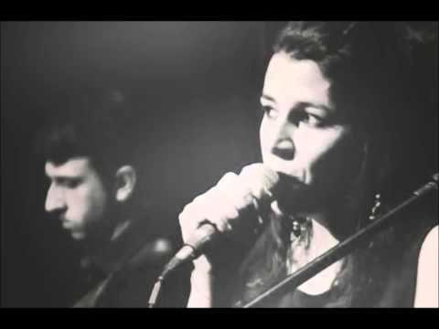 Μαρία Κηλαηδόνη - Η Γκρίνια - YouTube
