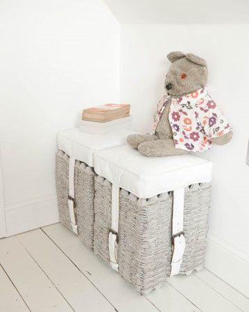 RECYCLE - Egg cartons stool