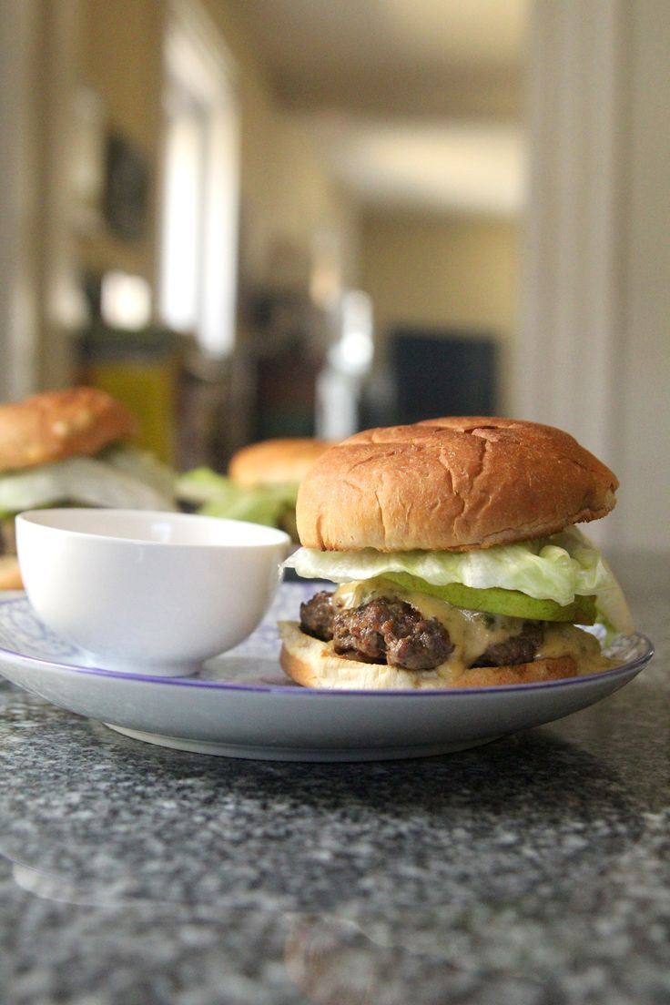 Salt And Pepper Burgers With Poblano Cheese Sauce And Pears Recipe In 2020 Homemade Burger Recipe Stuffed Peppers Sandwich Wraps Recipes