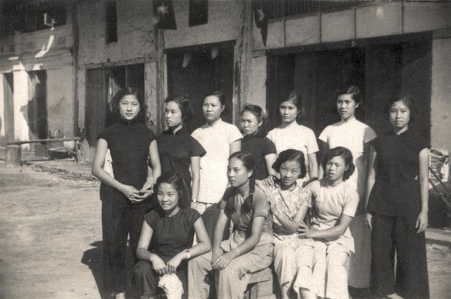 Ladies of the Sion School - friends of Anh Lu Hiaphong French Indochina