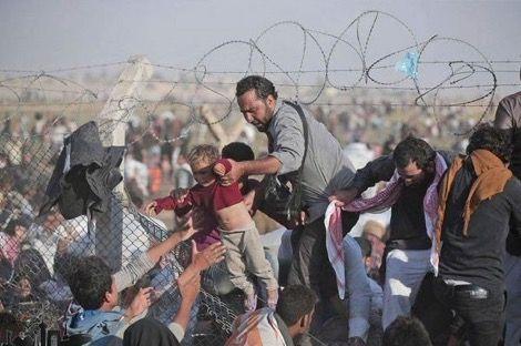 فرار عشرات المهاجرين من مركز ترحيل باسطنبول