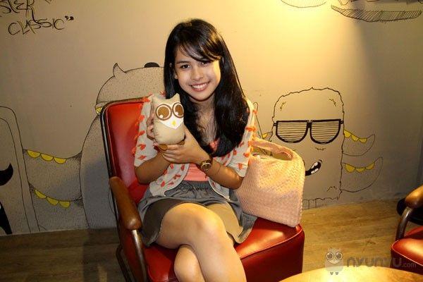 Maudy Ayunda - With 'Little Owl'