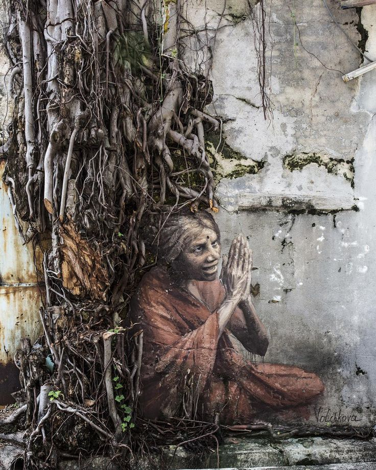 "Julia Volchkova ""Оld Indian woman. Street art. Jalan lumut, Georgetown Malaysia. #volchkova #volchkovaart #juliavolchkova #streetart #mural #muralart #graffiti #art #artist #georgetown #malaysia #penang #penangstreetart 11/2015"