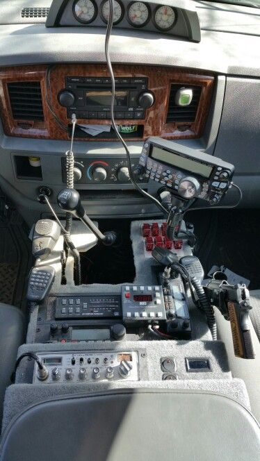 My new setup with the Kenwood TS-480SAT. | Overland truck ...