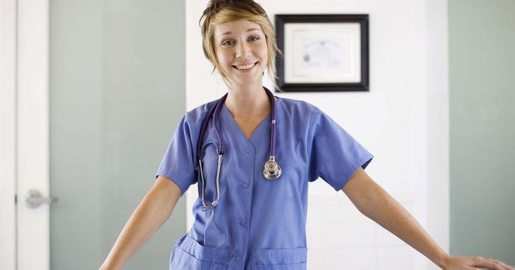 Descripción del puesto de un auxiliar de enfermería certificado  . Los asistentes de enfermería certificados; también conocidos como, auxiliares de enfermería certificados, o asistentes de salud en el hogar, ayudan a los pacientes con la vida diaria y las tareas fundamentales. El salario para los ayudantes de enfermería es bajo, y pueden estar estresados y con exceso de trabajo debido a que esta posición tiende ...