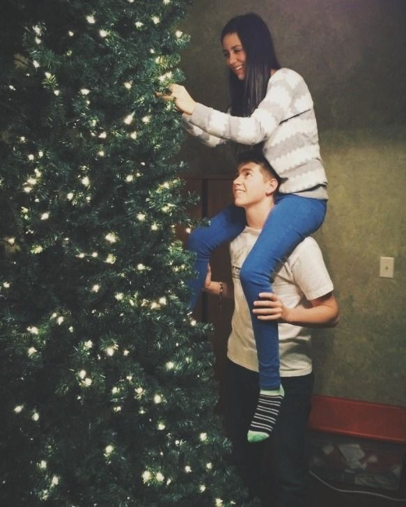 Newyear christmas tree love couple winter new year