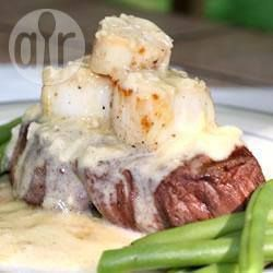 Recipe photo: Grilled Scallops with White Wine Sauce