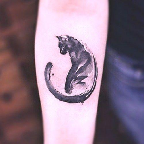 tatuaje cola de gato                                                                                                                                                      Más