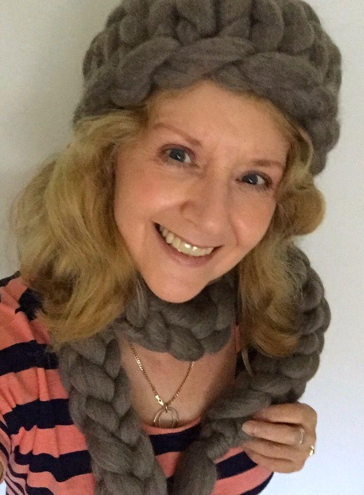#chunkyknitstyle & FB  Australian chunky Merino wool from the black Merino sheep