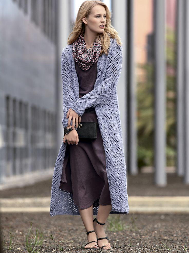 Длинное пальто с ажурным узором
