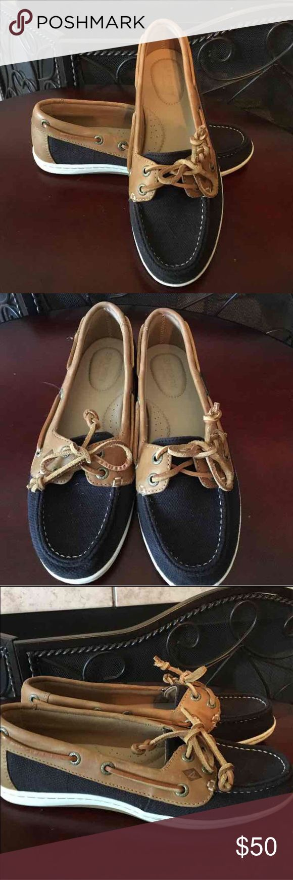 Women's Sperry Top Sider Cute black sperry boat shoes. Worn once, look new Sperry Top-Sider Shoes Flats & Loafers