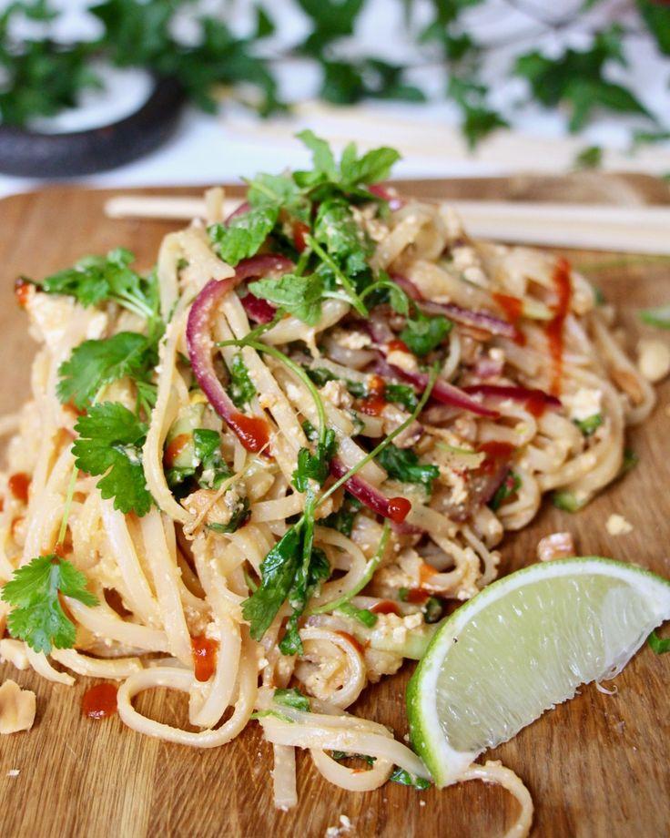 Vegansk Pad Thai – Jävligt Gott Festivalkäk med Bråvallafestivalen | Jävligt gott - vegetarisk mat och vegetariska recept för alla, lagad enkelt och jävligt gott.
