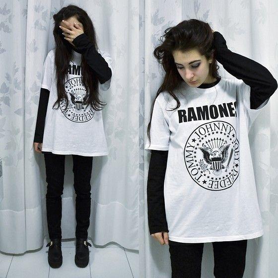 Tiffany Trixx - Kiabi Ramones T Shirt, H&M Skinny Jeans, Creeper Shoes, Long Sleeves Basic Top - Ramones