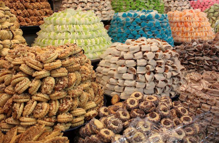 #market #delicious #dessert #biscuit #cake