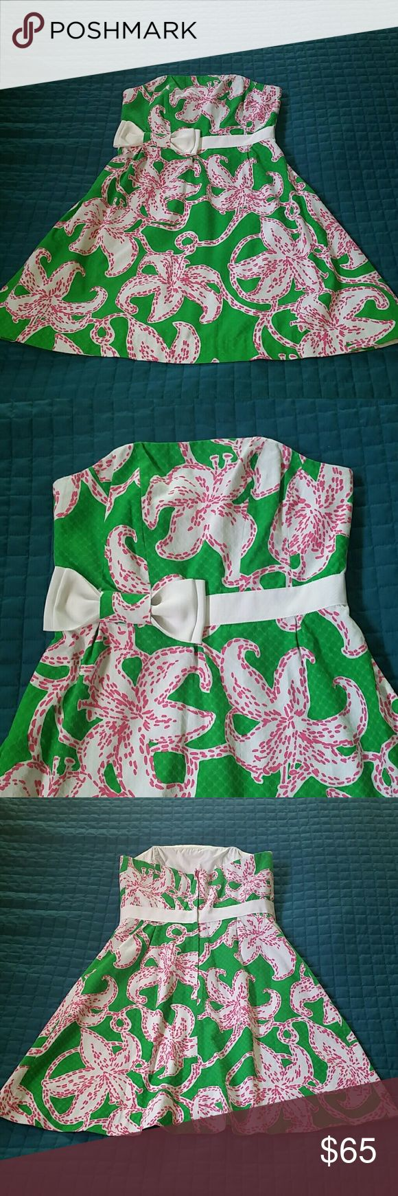 4 Lilly Pulitzer Strapless Summer Dress Size 4 true to the size,  preowned in great condition Lilly Pulitzer Dresses Strapless