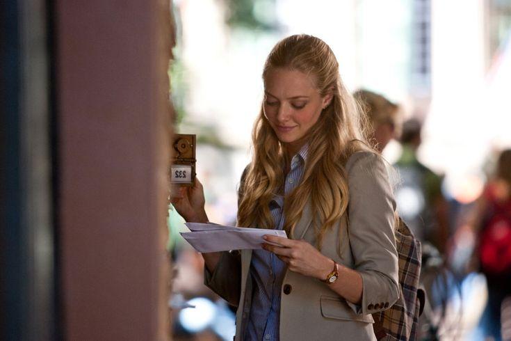Amanda Seyfried in Dear john love this outfit blazer, blue button down, jean shorts