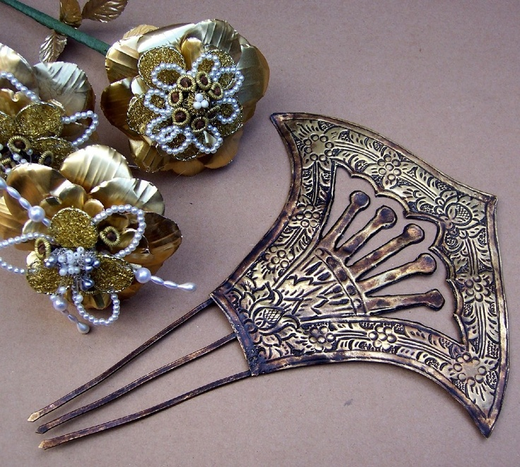 vintage hair comb Indonesian