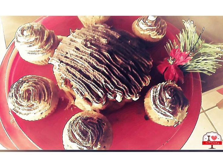 I <3 bAQery sperimenta anche nuovi dolci incrociando ricette tradizionali Italiane con quelle estere! Tipo questi tipici Cupcakes Americani ricoperti con crema al Tiramisù! #ilovebaqery #tradizioniitaliane #tradizioniestere #ricette #cupcakes #tiramisù #nuovericette