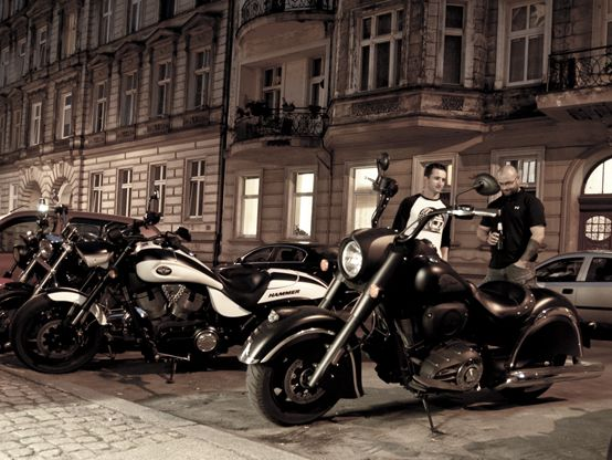 Victory Hammer and Indian Chief Dark Horse