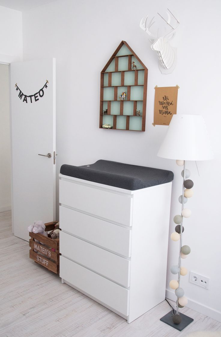 scandinavian nursery baby room inspiration grey mint / habitación bebé infantil gris / Macarena Gea