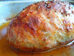 Den předem promícháme mleté maso se smetanou, vegetou a kořením a takto upravené necháme do ruhého dne v lednici uležet. Na druhý den do masa...