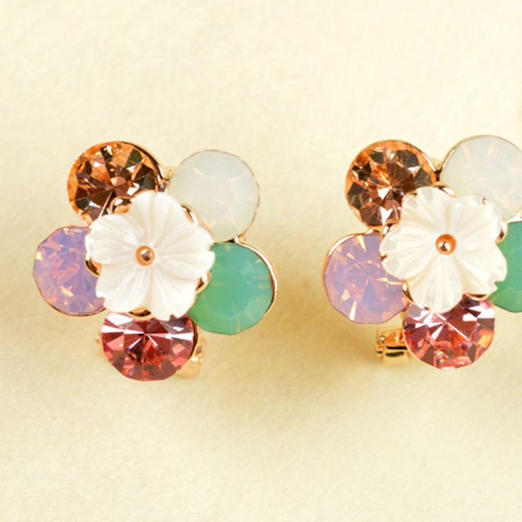 Accessories Shell Diamond Small flowers Earrings Daisy Flowers Earring Japan and South Korea Earring