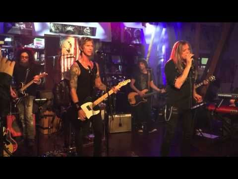 Sebastian Bach + Duff McKagan Cover 'Patience'- Bas might be a doofus, but the voice makes up for it!