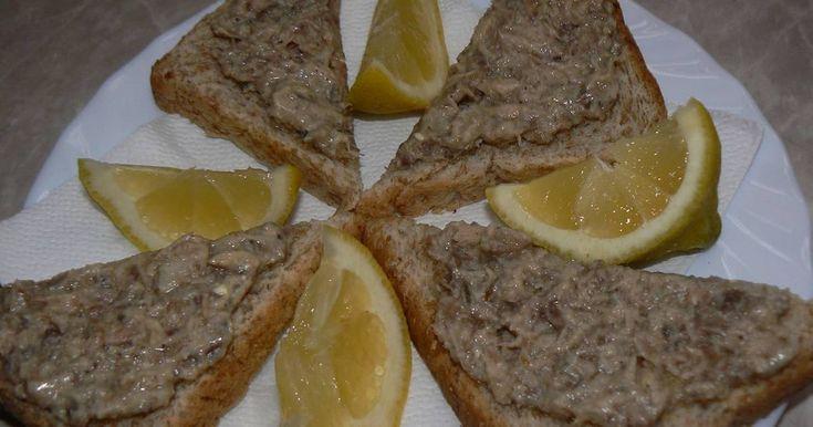 Mennyei Halkrém recept! Reggeli , tízórai , uzsonna , vacsora. Mert egészséges . A koleszterin szintet, csökkenti a szervezetben.