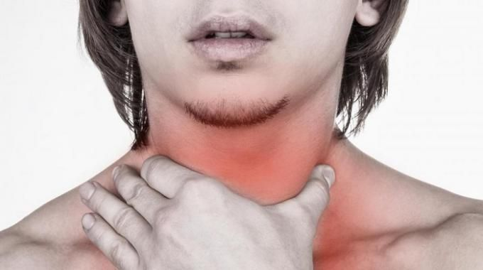 Les maux de gorge sont fréquents, surtout en période hivernale. Les médicaments spécialisés qu'on achète sans ordonnance, comme les pastilles, sont plutôt chers et peu efficaces.