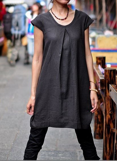 .. so cool... could i make this by taking an xl t shirt, cutting out the neck, sewing a box pleat in the neckline, and then shaping the arms? sew-for-big-folks
