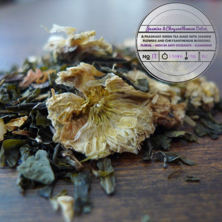 Jasmine & Chrysanthemum Flower Detox by T totaler:  A Fragrant Green Tea made with Jasmine Flowers and Chrysanthemum Blossoms.