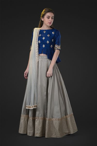 navy blue pepluk top and skirt, crop top and lehenga , friend of the bride style , minimalistic outfits , blue and grey lehenga