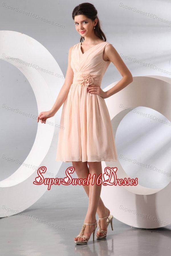 Empire V-neck Champagne Hand Made Flower and Ruching Short Dresses for Dama