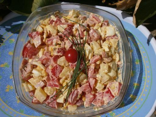 Salade piémontaise - Recette de cuisine Marmiton : une recette