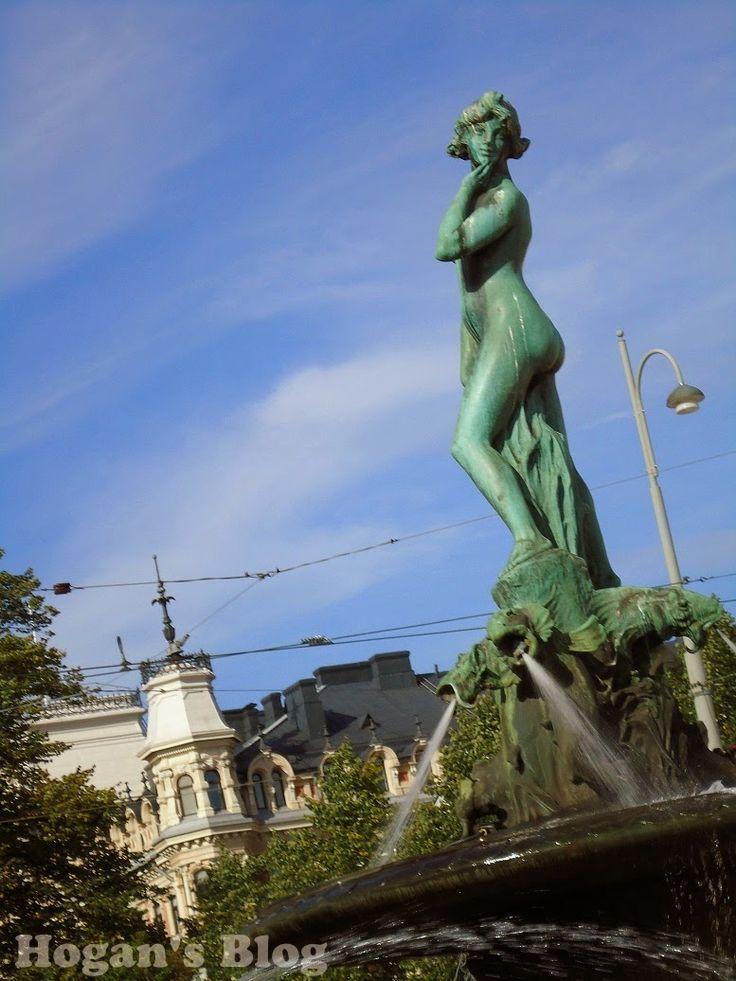 Havis Amanda statue and fountain in Helsinki, Finland. -  from Hogans Blog: Vappu! - May Day in Finland  #holidays #mayday #caps #party #champagne #celebrations #customs #festival #finland #finnish #hats #havisamanda #amanda #helsinki #mead #sima #spring #students #statues #fountains #vappu #wappen