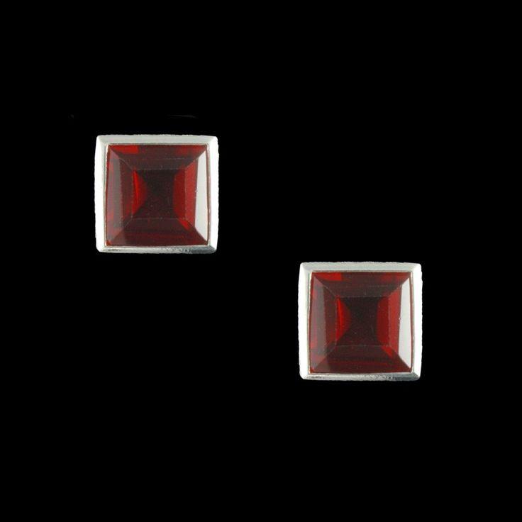 Brinco Top Cristal Vermelho Quadrado