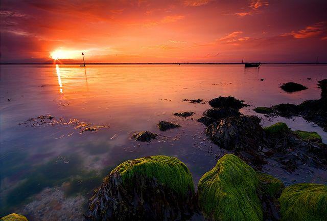 z1054 Gurnard sunset by Visit Isle of Wight, via Flickr