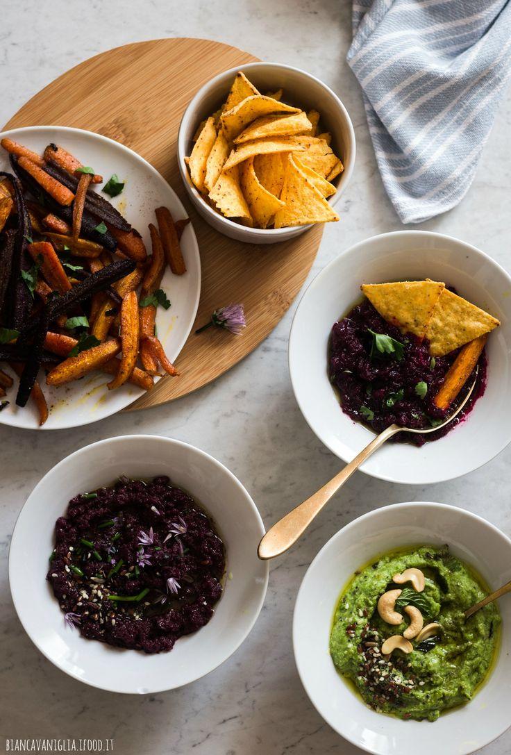 Carote arrosto con dip di piselli e carote viola