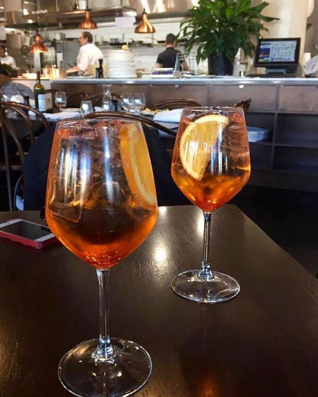 Cheers to Friday nights & weekend plans 🍹  Aperitivi time is for sipping spritz at @Molto_Italian.  #SoFrankSocial #TasteCanberra #TGIF #Canberra #CBRregion  #VisitCanberra #restaurantAustralia #CBRMAP #sfcheers