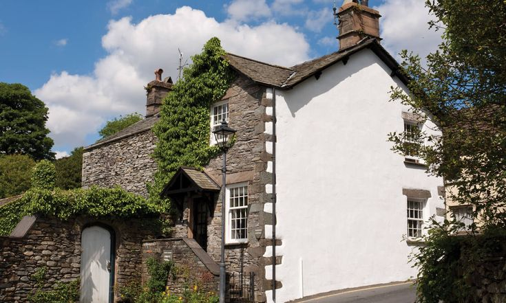 Welcome to Valentine Cottage in the Lake District. Just one of our a huge range of Lakelovers holiday cottages.