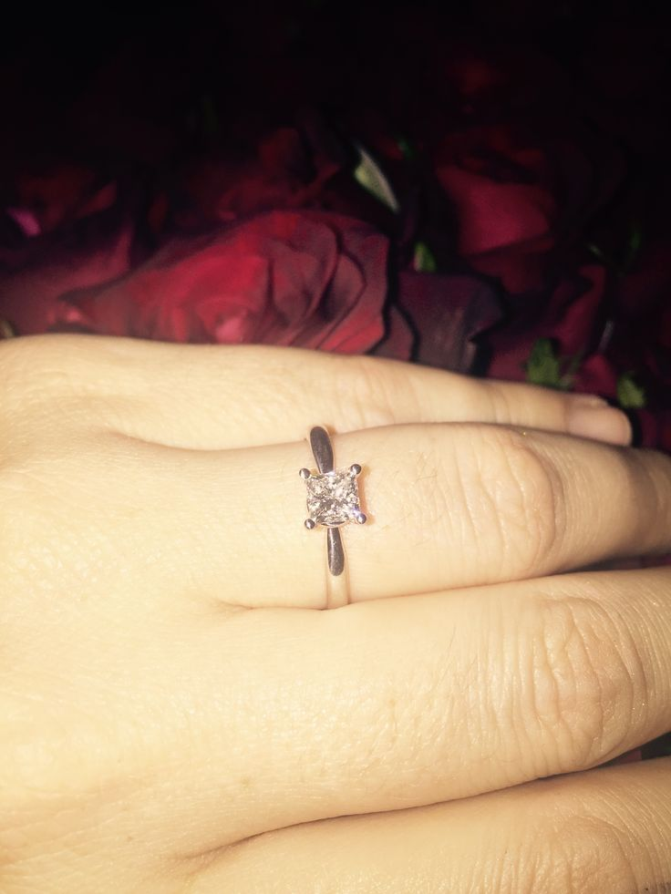 Princess cut 0.52 ct engagement ring