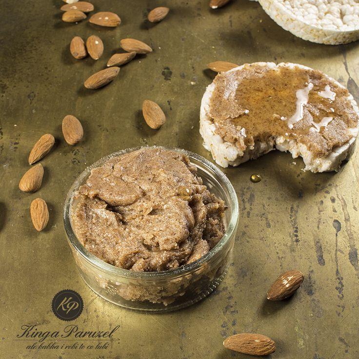 home made #almond #butter - domowe masło migdałowe http://kingaparuzel.pl/blog/2014/09/domowe-maslo-migdalowe/
