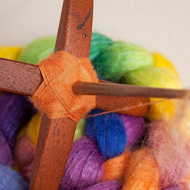 Day 7 of Tour de Fleece: Rainbow Palace is spinning up beautifully on my Jenkins Spindles. The bright colors are so refreshing. This turtle currently reminds me of a Satsuma.  #handspunstagram #spinstagram #igspinners #spinnersofinstagram #handspun #handspunyarn #fiberfeature #wemakeyarn #TeamJenkins2018 #teamfunonion2018 #TeamAkerworks2018 #TWFTDF18 #jenkinsturkishspindle #tourdefleece #tourdefleece2018 #tdf2018 #threewatersfarm