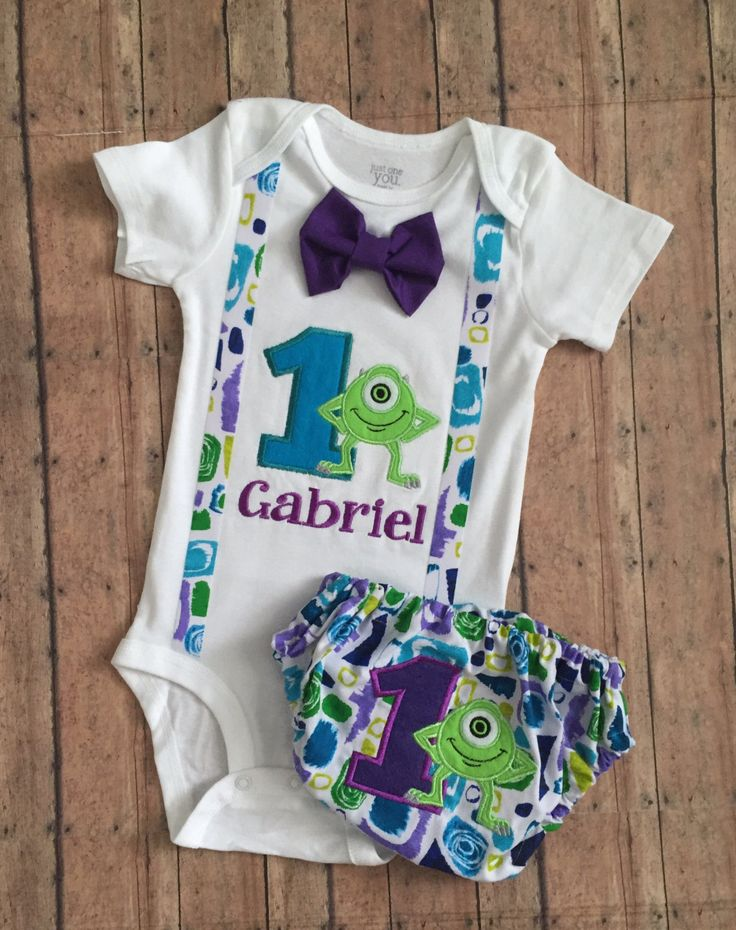 This listing is for a custom outfit (bodysuit and matching diaper cover) with Mike Wazowski from Monsters Inc. The outfit would be great for a birthday party or cake smash photo shoot. They also make excellent gifts. The standard number is 1 but any number up to 9 can be used. Please note that sizes above 24 months will be completed as a white tshirt rather than a bodysuit. When ordering, be absolutely sure to include your childs name and your party or photo shoot date in the order notes. I…