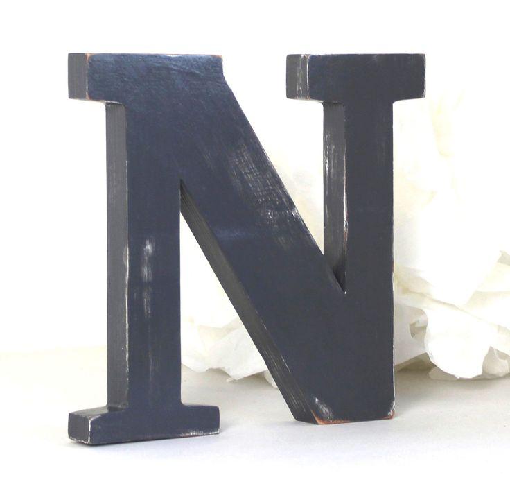 les 88 meilleures images du tableau lettres en bois sur. Black Bedroom Furniture Sets. Home Design Ideas