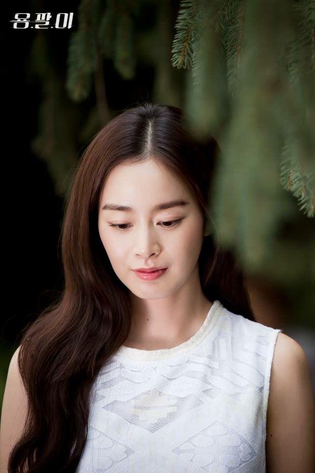 Tae-hee Kim Nude Photos 87
